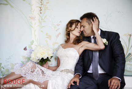 Wedding photography at wasing park studio rouge (13)