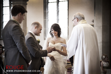 Wedding photography at Notley Abbey1033