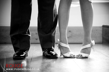 Wedding photography at Notley Abbey1044