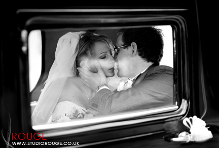 Wedding photography at Ufton Court in Berkshire by Studio Rouge0015