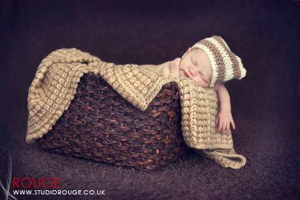 Newborn baby photography in berkshire (6)