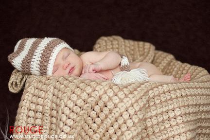 Newborn baby photography in berkshire (13)