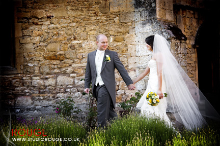 Wedding photography at Notley Abbey1047