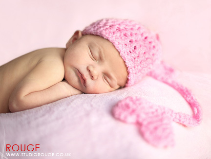 Newborn baby photography in berkshire (16)