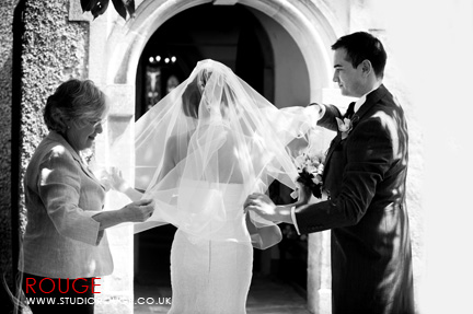 Wedding photography at Wasing Park by Studio Rouge0013