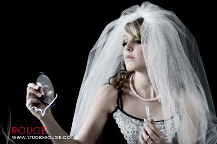 Wedding photography at trunkwell manor studio rouge0002