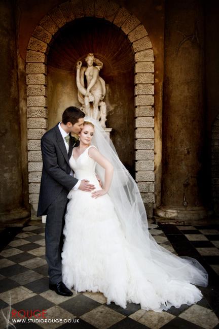 Wedding photography at Wotton House Studio Rouge (21)