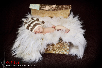 Newborn baby photography in berkshire (1)