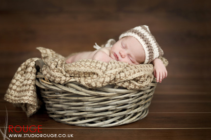 Newborn baby photography in berkshire (10)