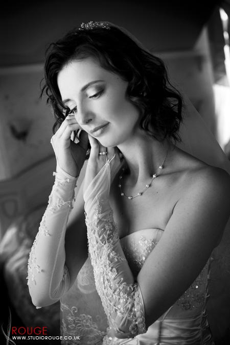 Wedding Photography by Studio Rouge at Aldermaston Manor & Ukraine022