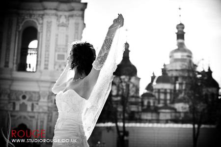 Wedding Photography by Studio Rouge at Aldermaston Manor & Ukraine033
