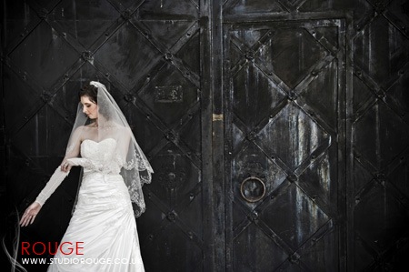 Wedding Photography by Studio Rouge at Aldermaston Manor & Ukraine036