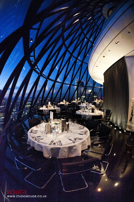 Wedding photography at the Gherkin by Studio Rouge070