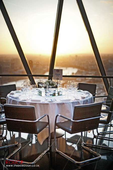 Wedding photography at the Gherkin by Studio Rouge060