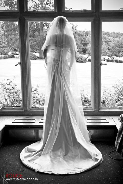 Carolyne & Scotts wedding photography at Foxhills by Studio Rouge0028