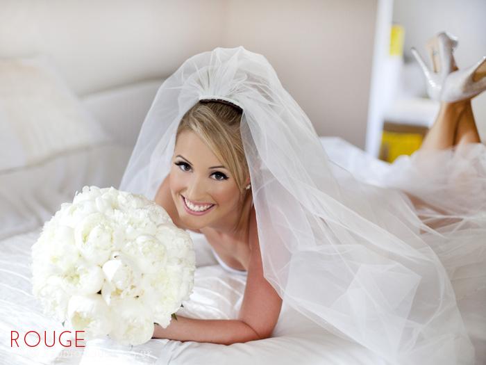 Award_winning_wedding_photography_at_the_aviator_yellow0030