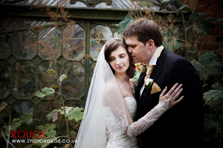 Wedding Photography by Studio Rouge at Aldermaston Manor & Ukraine015