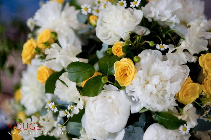 Award_winning_wedding_photography_at_the_aviator_yellow0002
