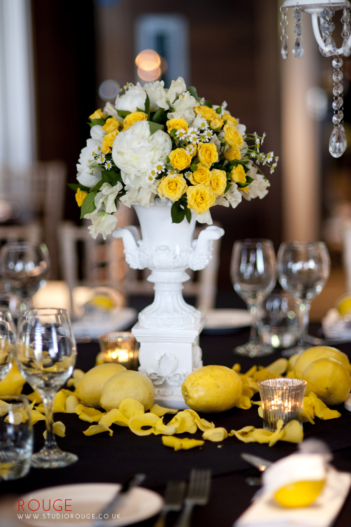 Award_winning_wedding_photography_at_the_aviator_yellow0017