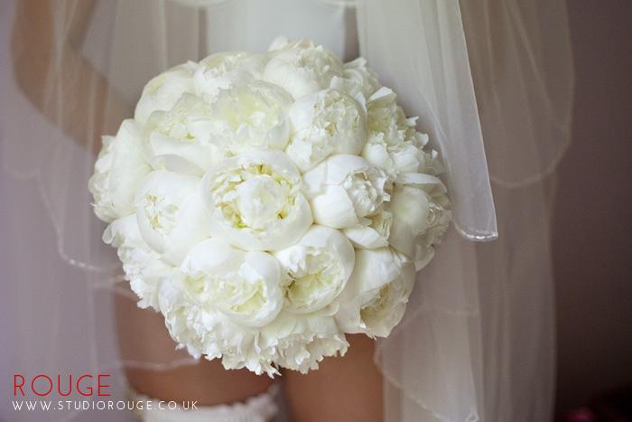 Award_winning_wedding_photography_at_the_aviator_yellow0028