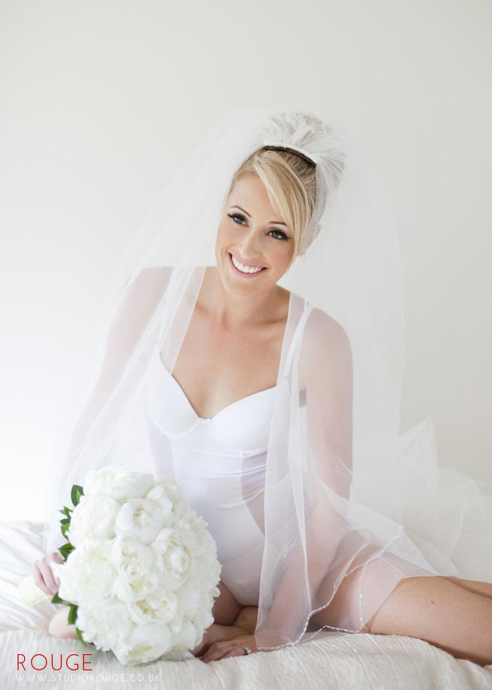 Award_winning_wedding_photography_at_the_aviator_yellow0031