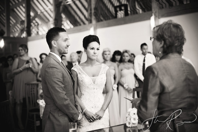 Wedding_photography_at_rivervale_barn_by_studio_rouge0019
