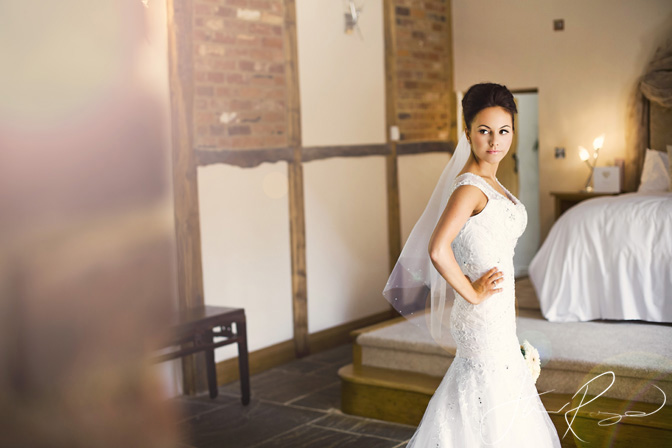 Wedding_photography_at_rivervale_barn_by_studio_rouge0011