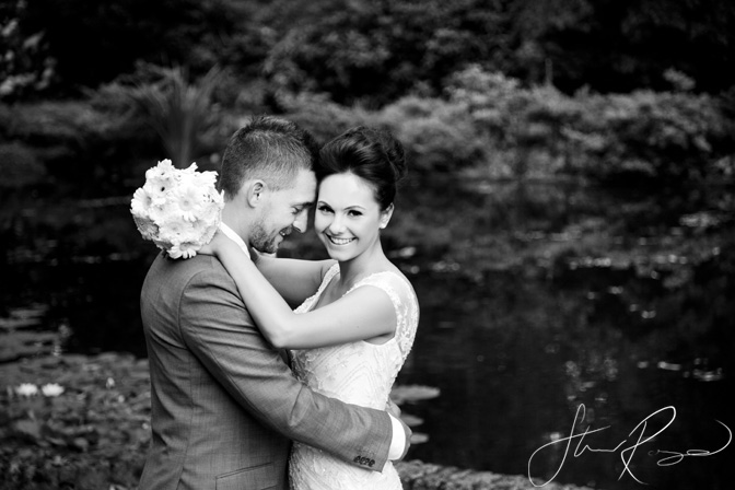 Wedding_photography_at_rivervale_barn_by_studio_rouge0029
