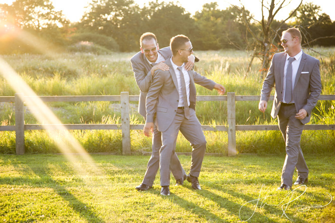 Wedding_photography_at_rivervale_barn_by_studio_rouge0073