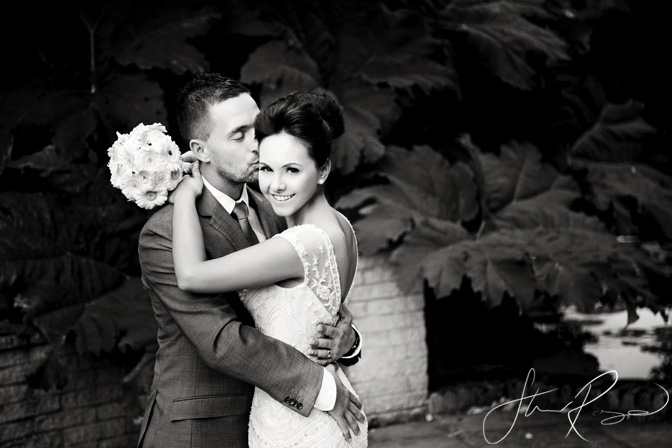 Wedding_photography_at_rivervale_barn_by_studio_rouge0032