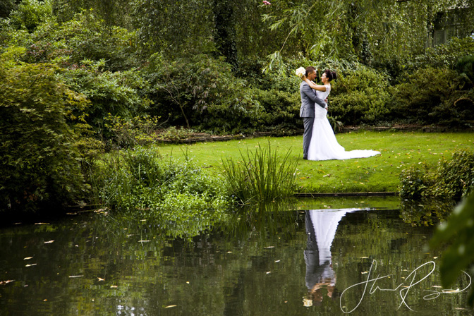 Wedding_photography_at_rivervale_barn_by_studio_rouge0033