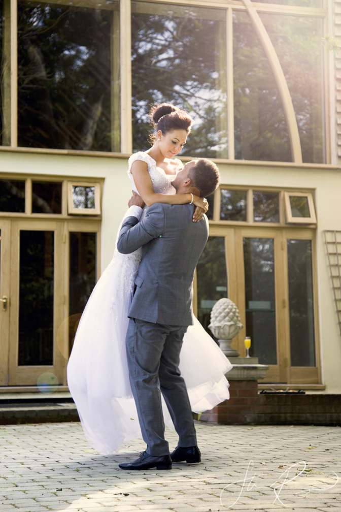 Wedding_photography_at_rivervale_barn_by_studio_rouge0051